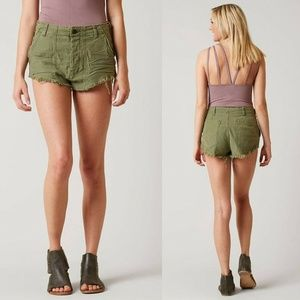 Free People Frayed Raw Hem Jean Shorts HW6606